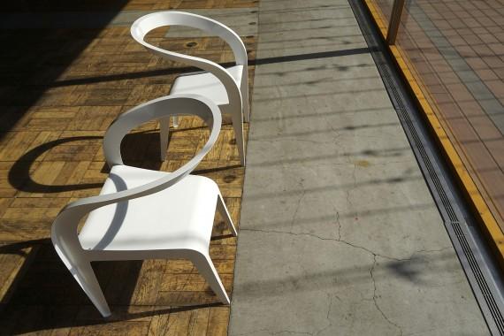 かさねの椅子