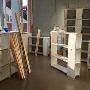空間の使用者が自らの使用用途から部材の組み合わせを考え、什器を組み立てる
